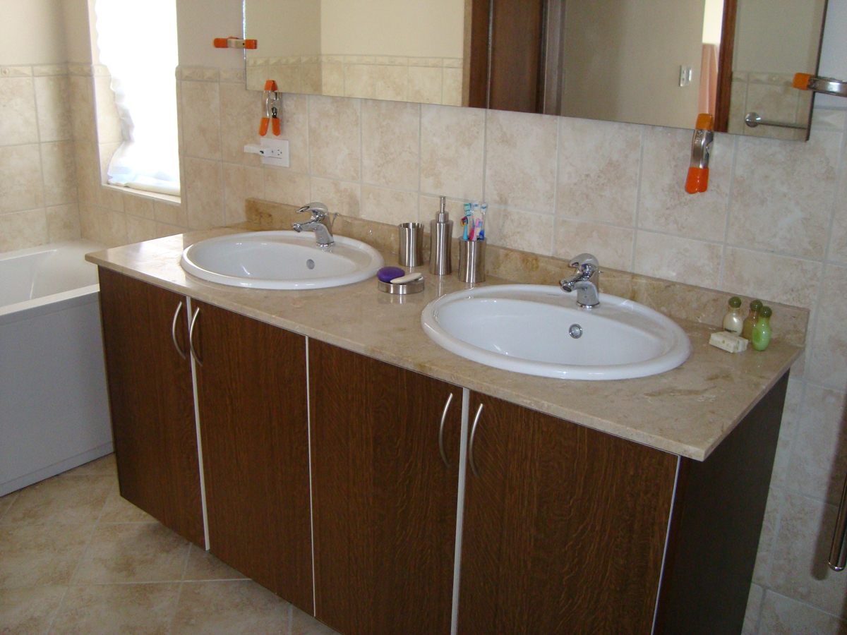 Bathroom Vanity Top Crema Marfil The Natural Stones Aruba