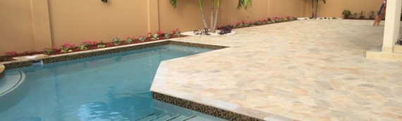 Brazilian flagstone pool deck